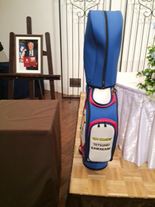 エイジシュート50回記念品のゴルフバック